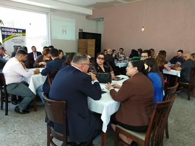 Aconteceu no Centro Industrial de Arujá a rodada de negócios entre empresários e industriários