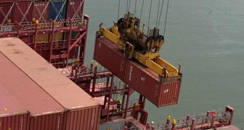 Terminais portuários querem mudar norma da Antaq