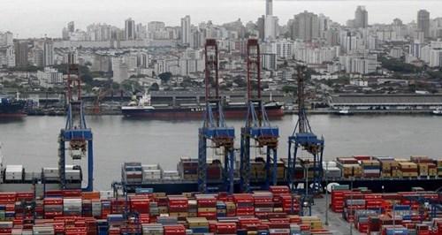 Porto de Santos prepara nova regra tarifária; agentes criticam