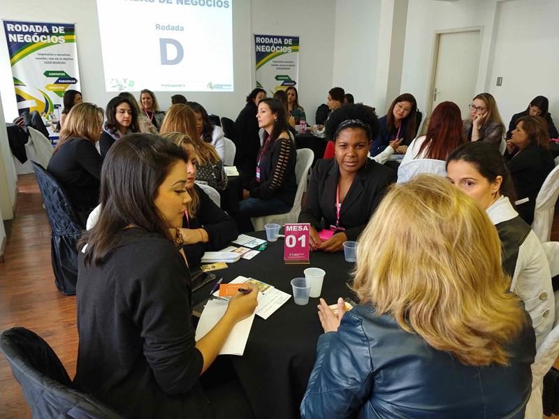 Aconteceu em 11/09/2018 a rodada de negócios só para mulheres empresárias e empreendedoras